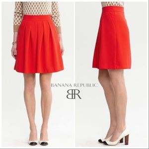 Banana Republic Holiday Red Pleated Full Skirt 12